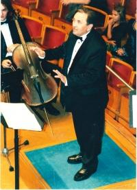 Leonid Dohovič ako zbormajster speváckeho zboru