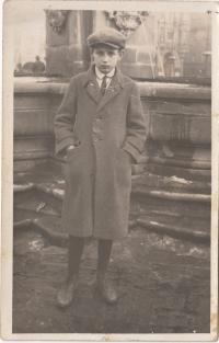 Otec paní Čejkové Emil Augenthaler ve 30. letech