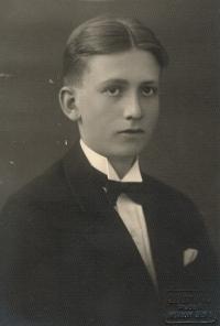 Jindřich Macháček, portrét otce pamětnice, asi 1933