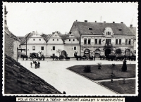 Německá armáda na náměstí v Mirovicích; 1939