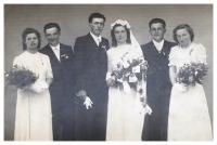 Svatba Karla Špaly; 1945