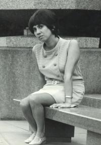 Eva jako studentka medicíny, Praha 1970