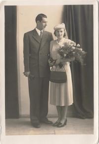 Svatba rodičů, 1948