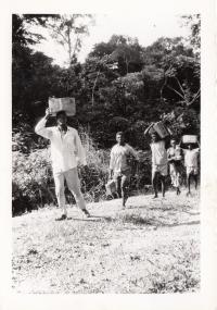 Přenos zdravotnického materiálu, Kongo, 60. léta