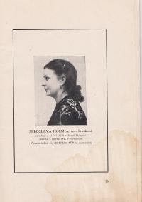 Maminka pamětnice, foto z knihy, která byla věnována rodinným pozůstalým