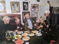 Setkání v roce 2011; zleva Stanislav Milota, Václav Havel, Vlasta Chramostová a Jan Foll