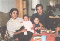 Kubánská rodina, které Jiří a Miriam Prokopovi pomohli uniknout přesunu na komunistickou Kubu