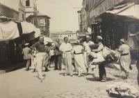 Vlevo Jan Heindl při své návštěvě Istanbulu