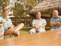 S kolegy epidemiology při setkání na Papui Nové Guinei, Vladimír Zikmund první zprava