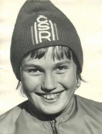 Portrétová fotografie Olgy Charvátové z roku 1973