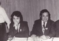 Mladý Ján Berky (vľavo) s jeho slávnym otcom.