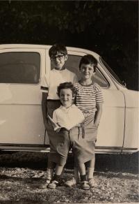 Tři děti Trudy Bandler Scaramuzzi, Řím, cca 1967