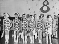 MDŽ ve školce, 1978, Světlana druhá zleva