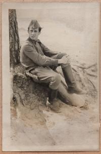 Petro Chamik během služby v sovětské armádě, šedesátá léta