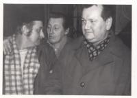 Oldřich Hoskovec, vpravo, s kolegy z ČSAO, 1968