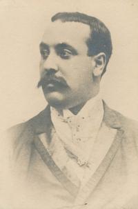 Gustav Pokorný kolem roku 1905. Dědeček, kterého Kateřina nikdy nepoznala