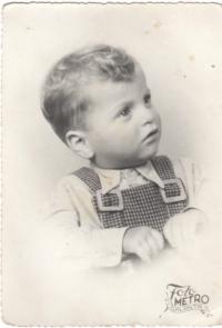 Malý Imrich v októbri 1949