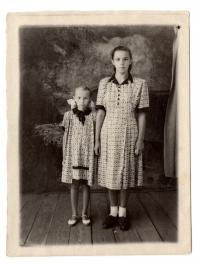 Sisters Bohdana and Lavrentiya Talanchuk at a special settlement, 1950s