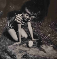Malý Lumír Aschenbrenner s morčetem jménem Ťapík v Kolovči
