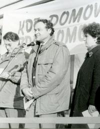 Bohuslav Fencl – řečník na manifestaci během sametové revoluce, Vysoké Mýto