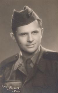 Karol Bartek ako PTP-ák v roku 1953