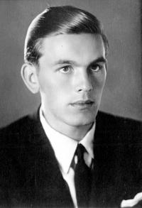 Oldřich Vašák na dobové fotografii