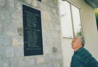 Památník padlým v obci Begovača, kde jsou i jména příbuzných Vincence Nováka, jeho dědečka Františka Laciny a jeho otce Karla Nováka