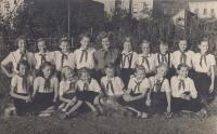 V Pionýru, 1958