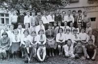 S první třídou ve škole v Březnici