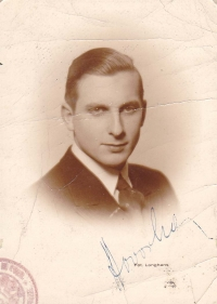Otec Hany Hamplové Zbyšek Hovorka v roce 1938