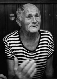 Bohumil Hrabal na snímku Hany Hamplové roku 1985