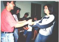 Elena Cinová s manželom na tábore, kde boli lektormi (1993)