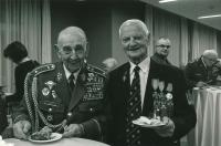 Tichomír Mirkovič (vpravo) s generálem Kuchyňkou roku 2019
