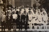 Karel Exner se svými žáky náboženství, Světlá nad Sázavou, 70. léta