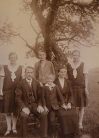 Rodina Exnerova, cca 1927