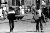 Tuan Nguyen na ulici ve Varšavě, 1983