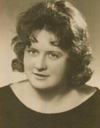 Jarmila Ondrášková, maturitní fotografie