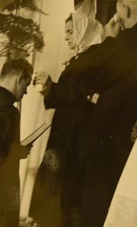Primice 4. června 1944, matčino požehnání