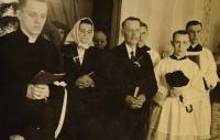 Primice 4. června 1944, s rodiči