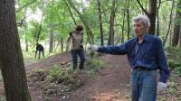Vladimír při úklidu v Kuropatech