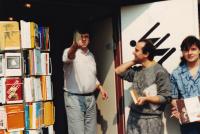 Prodej knih krajanům vHolandsku