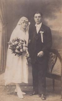 Rodiče Anny Smržové Rudolf a Anna, 1923