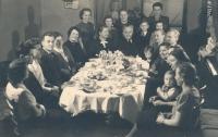 Oslava 60. narozenin Josefa Štiftera (dědeček Marty Holekové) roku 1941