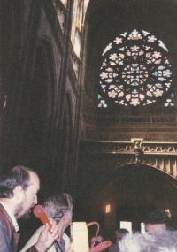 Miloš v roli průvodce po památkách v Čechách, asi 2003