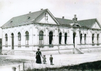 Leichenhaus, Aš