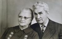 Antonie a Gustav Josef Maláčovi, rodiče pamětníka, asi 1967