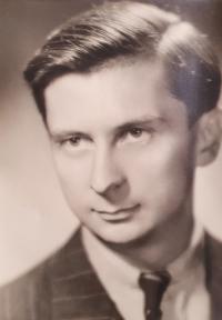 Dobový portrét Vlastislava Maláče, Praha asi 1945