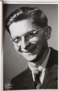 Portrét Vlastislava Maláče, Praha asi 1953