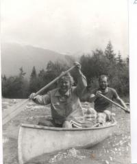 Sjíždění řeky - Bělá na Slovensku 1985