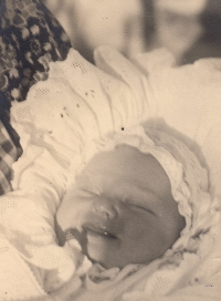 Edita Reinoldová, miminko, 1937